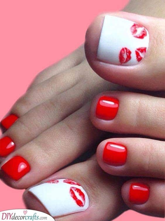 Sending Lots of Love - Red and White