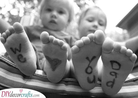 Feet Messages - Best Fathers Day Gifts