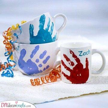Handprint Mugs - DIY Fathers Day Gift Ideas