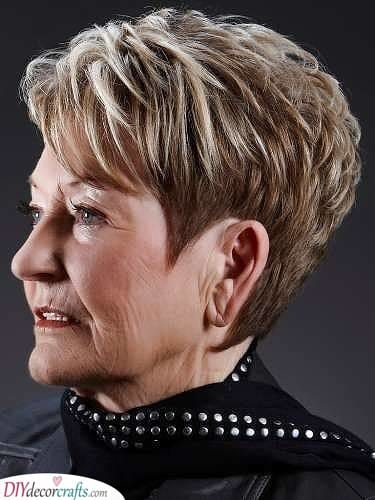 Highlights - Short Hairstyles for Women Over 50 with Fine Hair