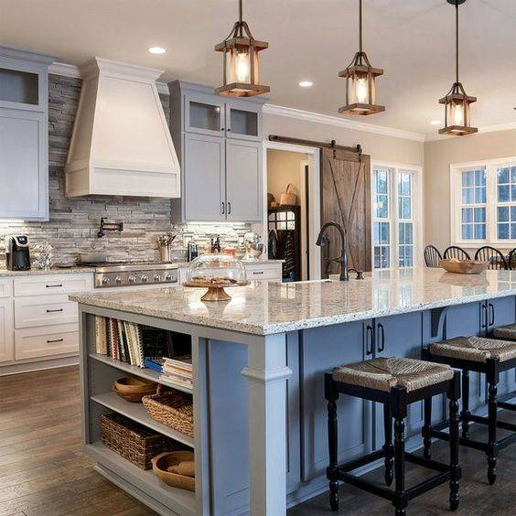 Wood and Glass - Modern Pendant Lighting for Kitchen Island
