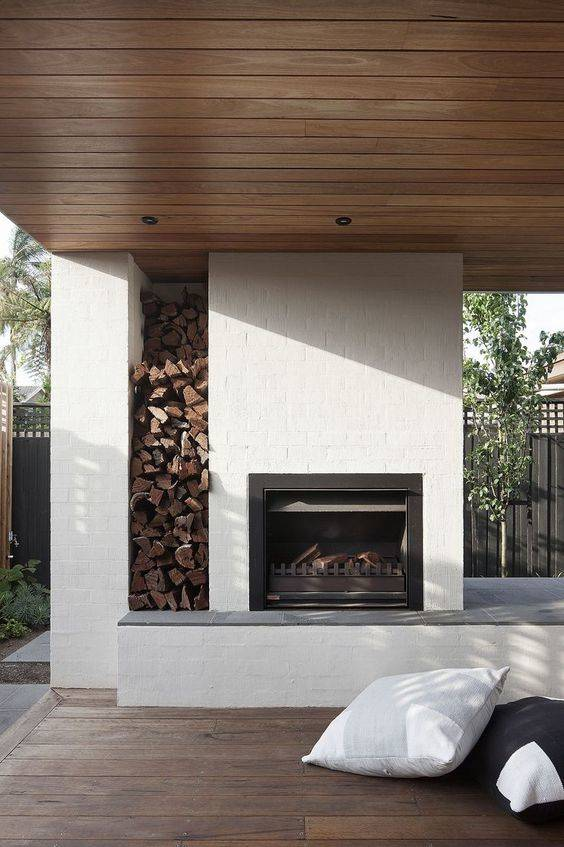 A Wood Stack - Modern Outdoor Fireplaces