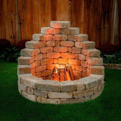 An Upscale Fireplace - Modern Outdoor Fireplaces