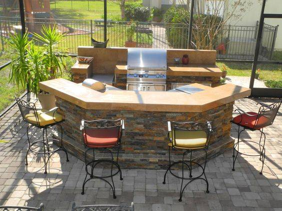 Constructing a Kitchen - Outdoor BBQ Area Ideas