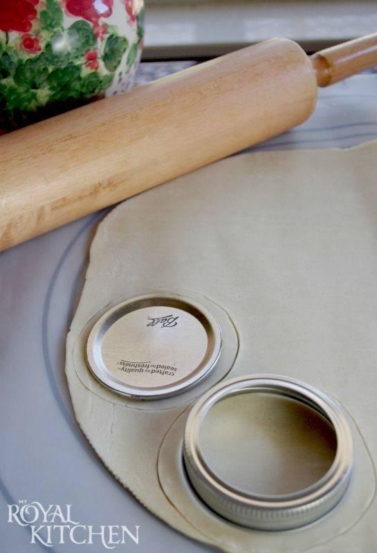 A Cookie Cutter - Mason Jar Decoration Ideas