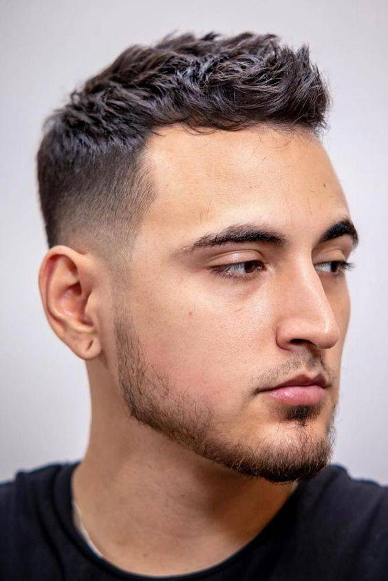 Hairstyles for Men with Thin Hair - Tips for a Receding Hairline
