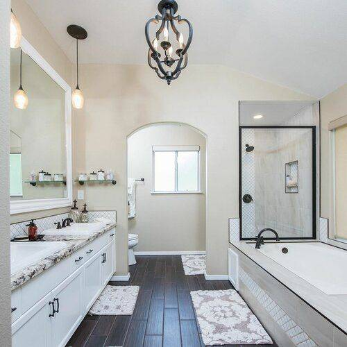 Master Bathroom Ideas - Designs for Master Bathrooms