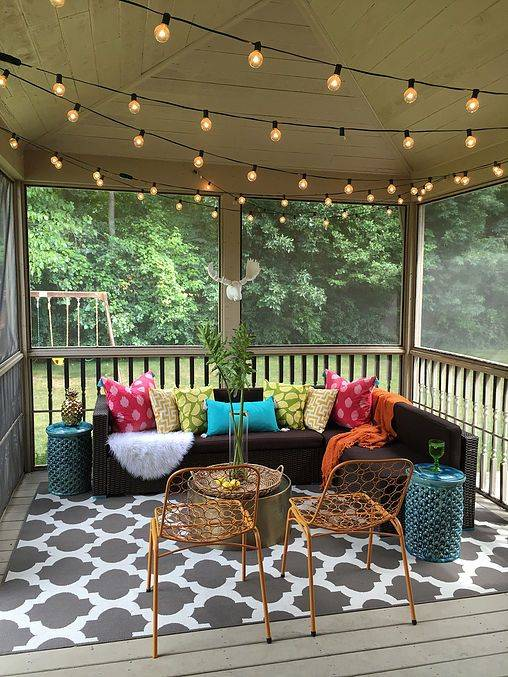 Small Front Porch Decorating - On a Budget