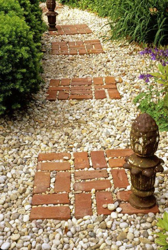 Bricks and Pebbles - Cute and Easy