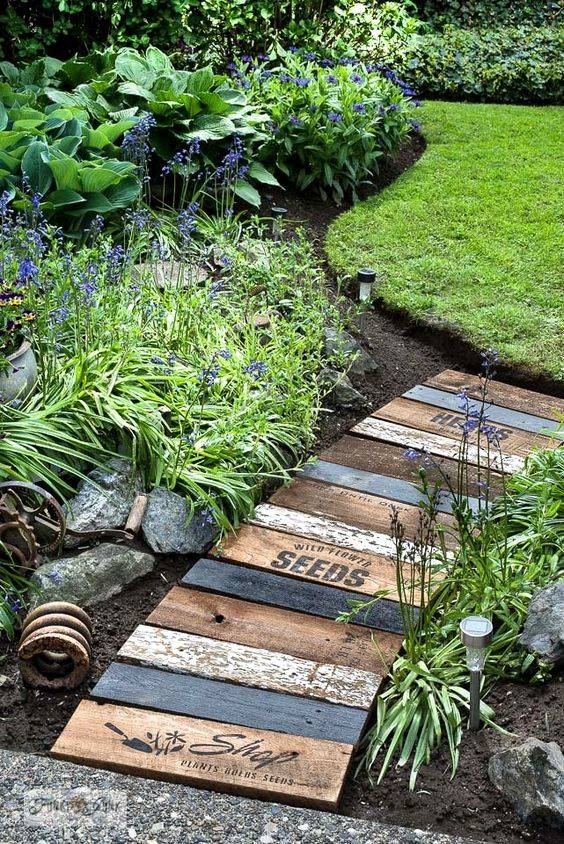 Use Reclaimed Wood - Cheap and Environmentally Friendly