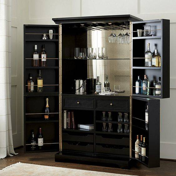 A Large Cabinet - Open It Up