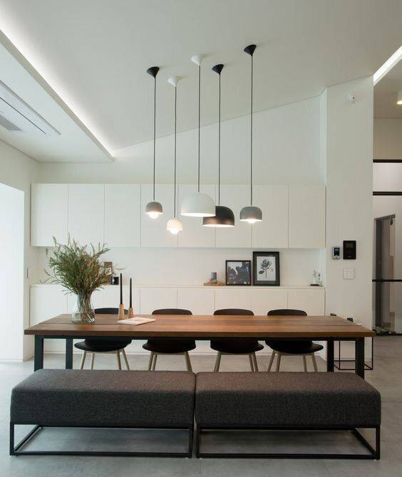 A Variety of Lampshades - Dining Room Lighting Fixture Ideas