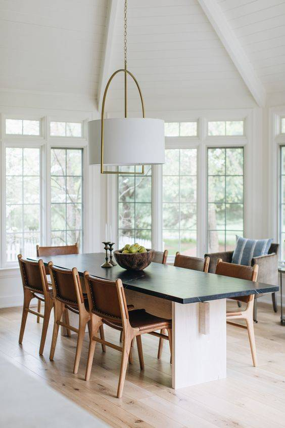 White and Fabulous - Modern Dining Room Lighting Ideas