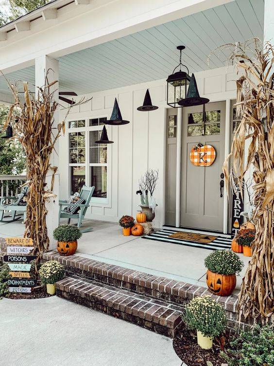 Spooky for Halloween - Front Porch Fall Decorating Ideas