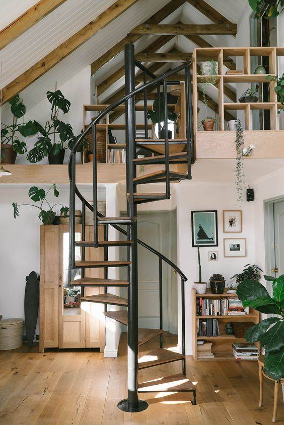 A Unique Set of Stairs - Gallery Loft Designs
