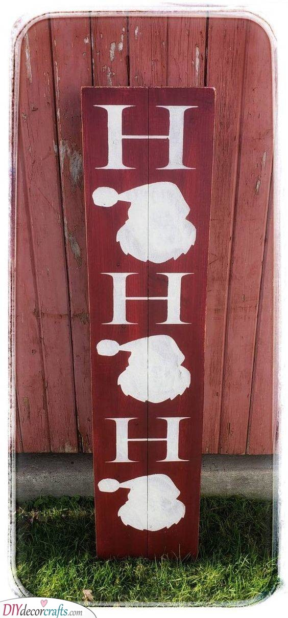 A Rustic Welcome Sign - Santa Claus Yard Decoration