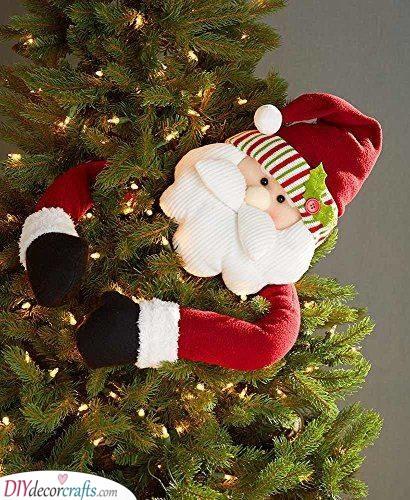Climbing Up a Tree - Outdoor Santa Decorations