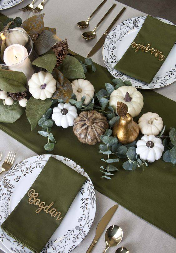 Green and Gold - Thanksgiving Centrepiece Ideas