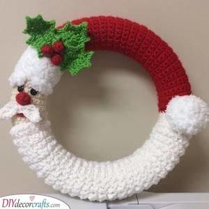Another Crochet Idea - Santa Claus Wreath Ideas