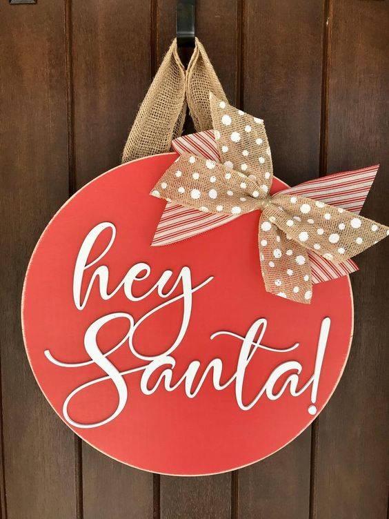Say Hello to Him - Santa Claus Wreath Ideas