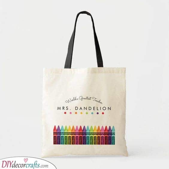 A Stylish Tote Bag - Best Teacher Gifts