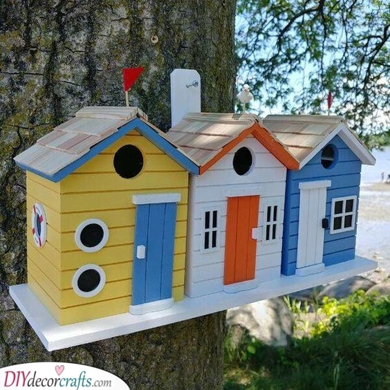 A Lovely Bird House - For a Small Vacation
