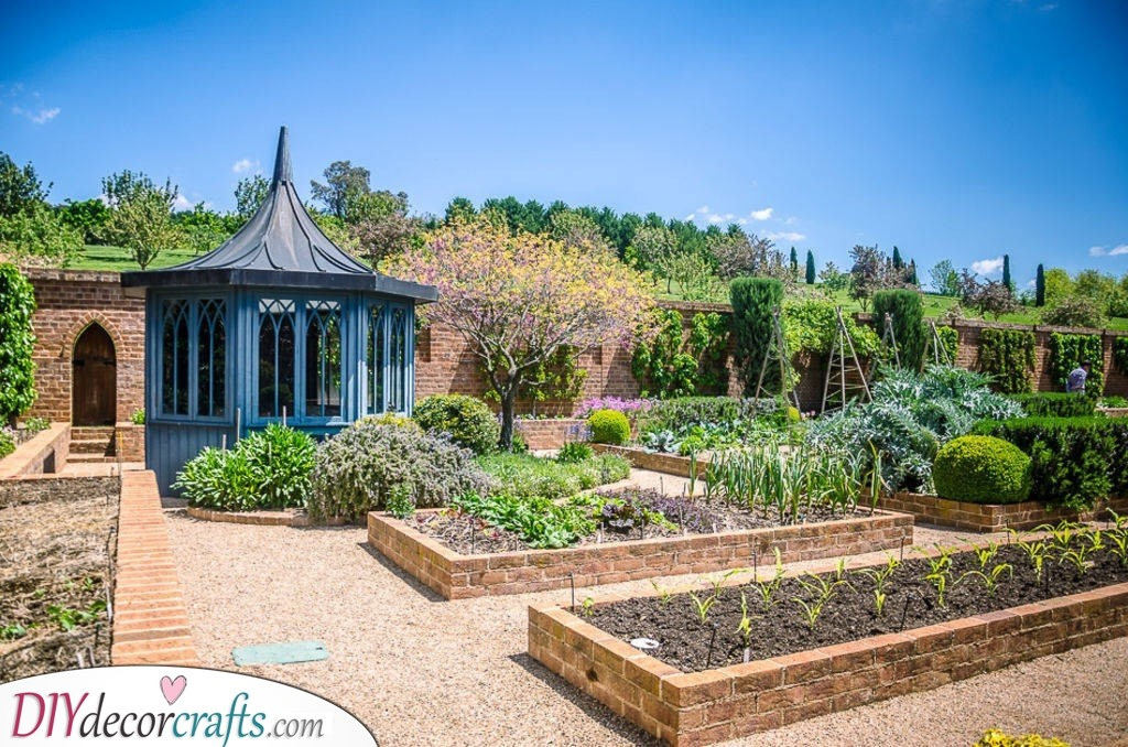 Brilliant in Bricks - Raised Garden Bed Ideas