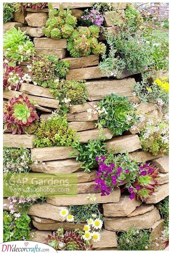 A Vertical Rock Garden Idea - Chic and Simple