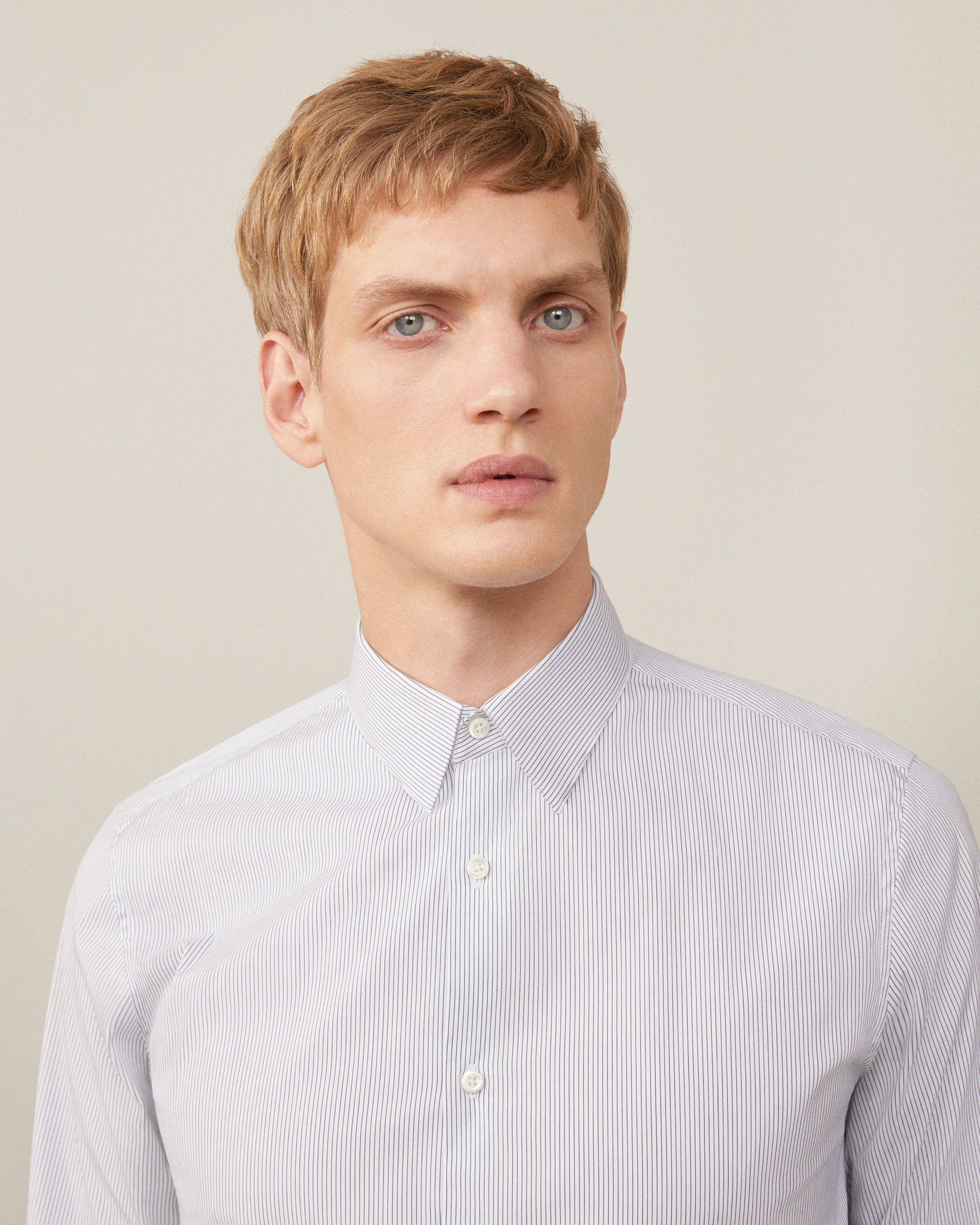 Edgy Crop with Bangs - Men's Haircut Styles for Round Face