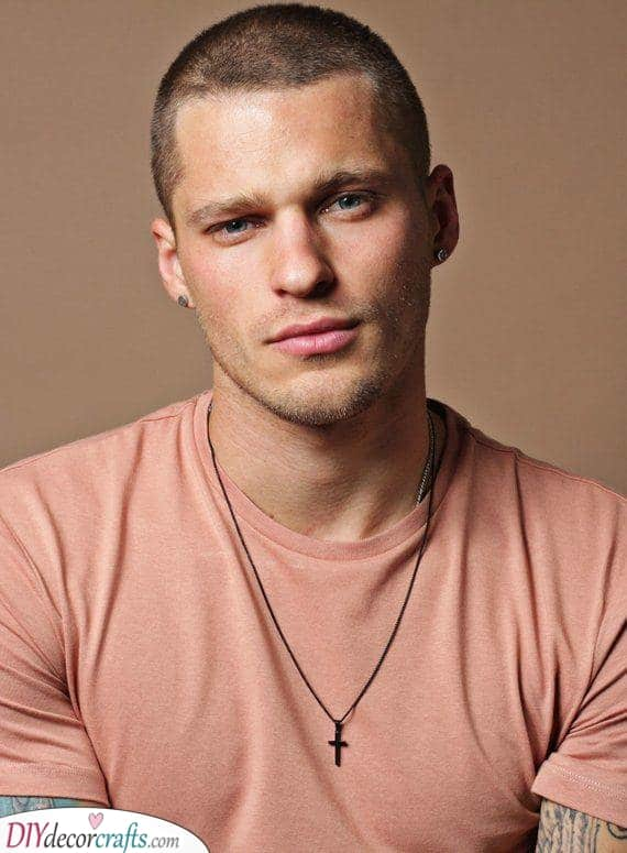 The Buzz Cut - Cool Men's Haircut Styles for Round Face