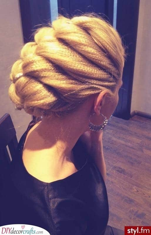 Creating a Bun - From Crimped Wavy Hair