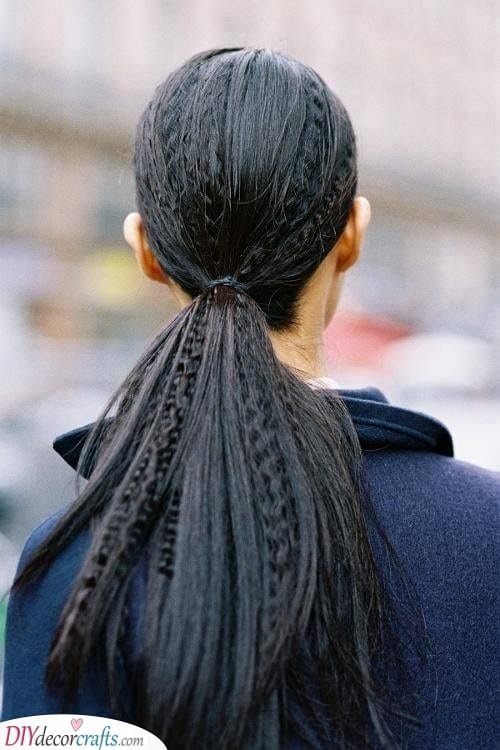 A Fabulous Ponytail - Simplistic and Modern