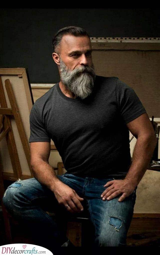 The Garibaldi - Long Beard Style for Men