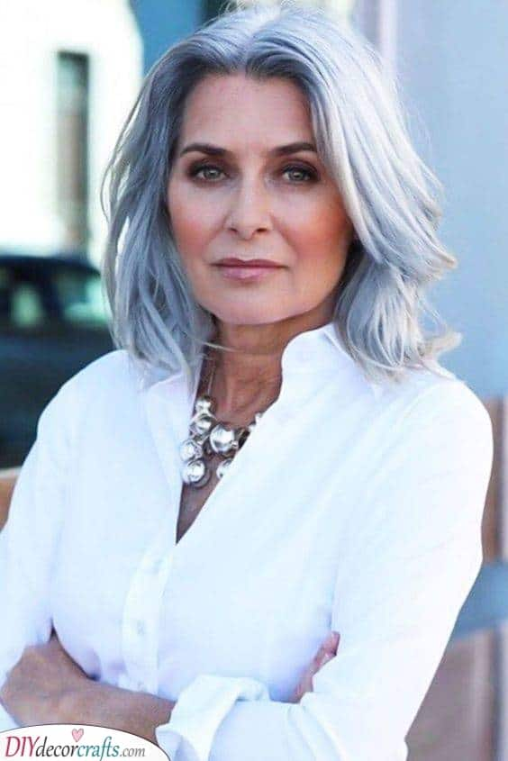 Natural Waves - Best Hairstyles for Women Over 50
