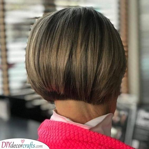 A Sleek Bob - Never Goes Out of Style