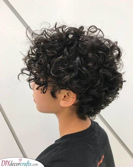 Fun and Groovy - A Pixie with Curls