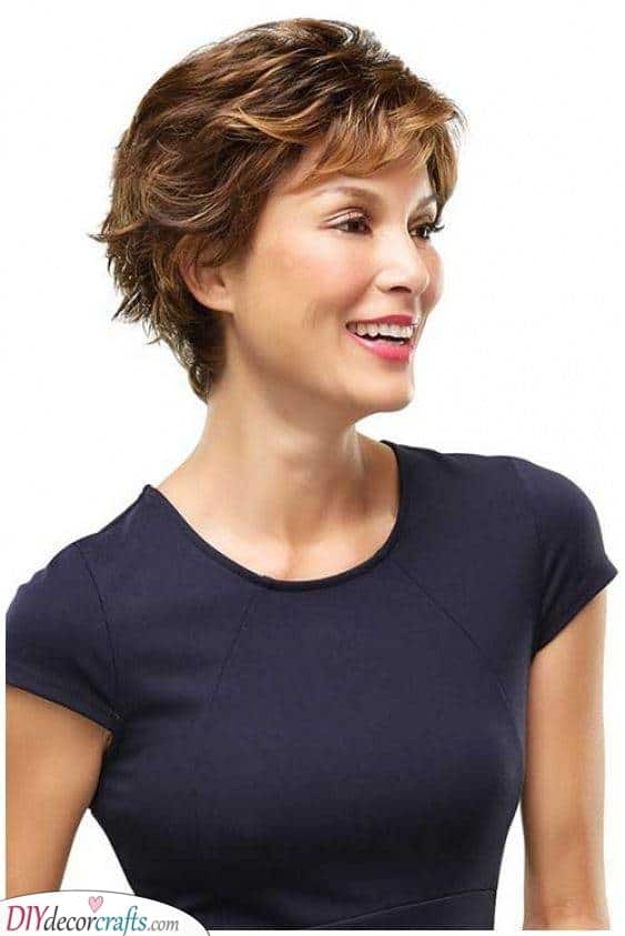 A Natural Look - Short Haircuts for Women over 50