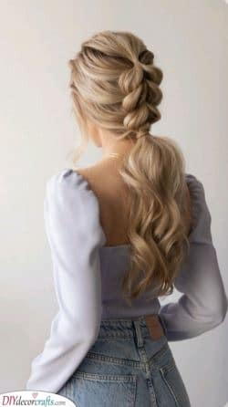 A Braided Ponytail – Hairstyles for Girls with Long Hair