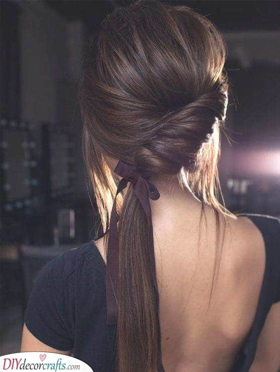 A Ponytail with a Twist – Simple Hairstyles for Long Hair