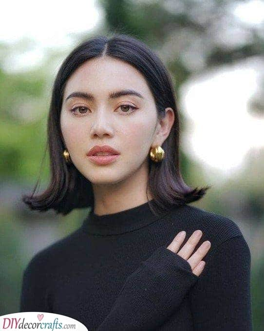 An Upward Curl - Medium Haircuts for Women