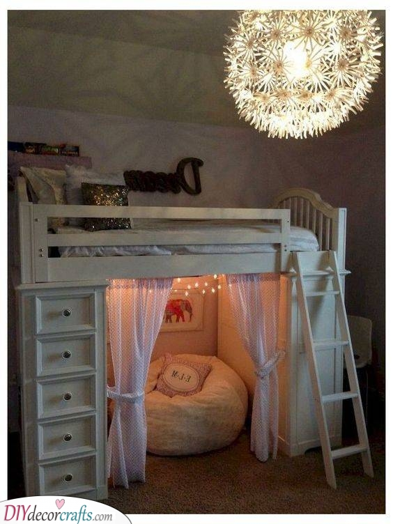 A Cosy Hole - Girls Bedroom Ideas for Small Rooms