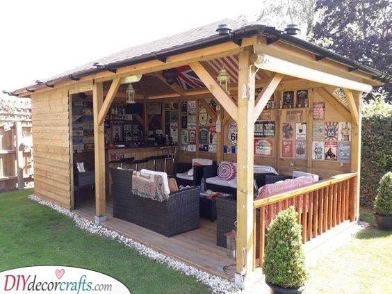 Cozy and Homely - Summer House Bar Ideas