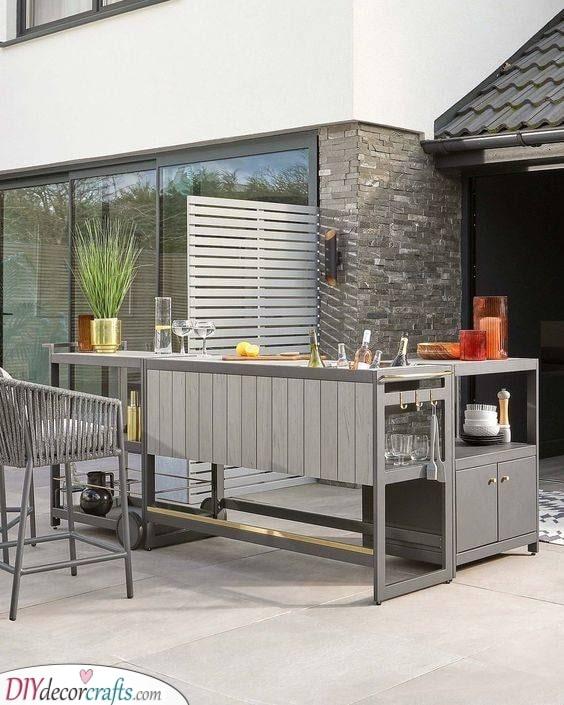 A Portable Bar - Garden Bar Ideas