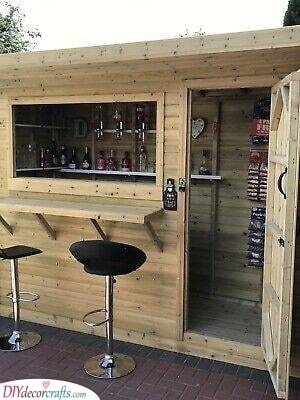 The Old Shed - Summer House Bar Ideas