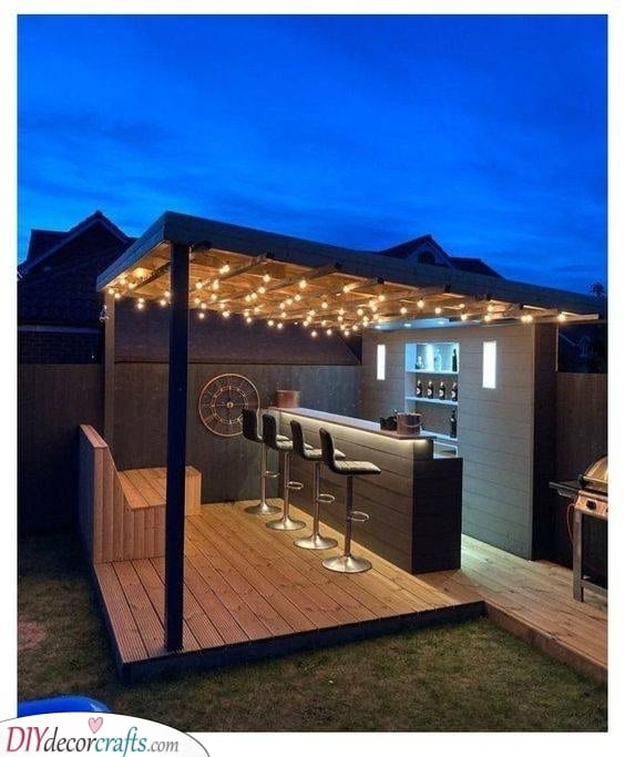 Put Together with Pallets - Garden Bar Ideas