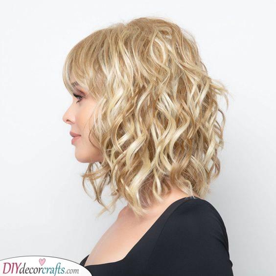 Beach Vibe Waves - Medium Length Haircuts for Curly Hair