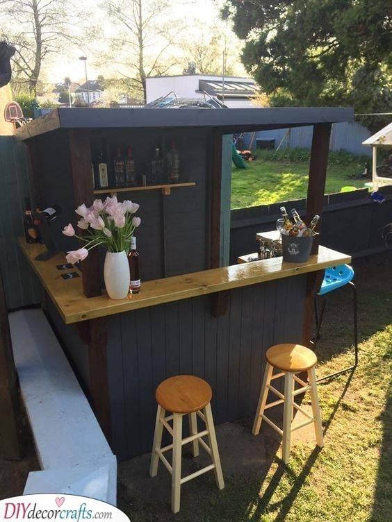 Fit Right In - Garden Pub Ideas