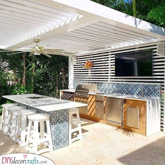 A Gorgeous Combination - White Wood and Tiles