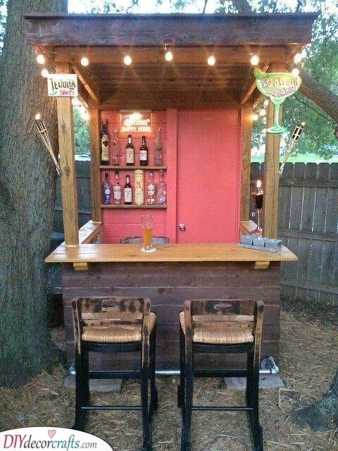 Small and Simple - Garden Pub Ideas