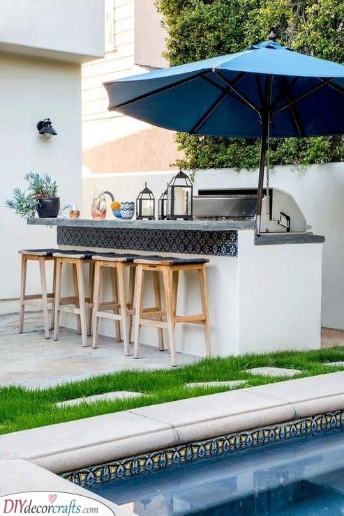 Protection from the Sun - Outdoor Bar Ideas for Backyard